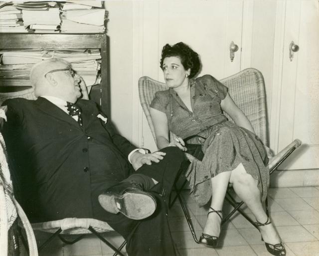 Sara Hernández-Catá y Fernando Ortiz, La Habana. circa 1950