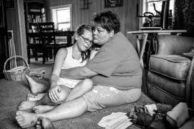 El estrés de la pobreza afecta la salud de las mujeres y de sus hijos