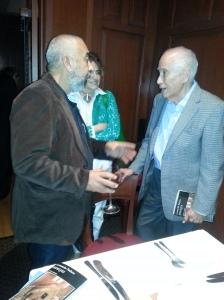 Un intercambio de elogios mutios entre el novelista Leonardo Padura y el economista Carmelo Mesa Lago