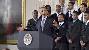 "E{ President Obama anuncia en la Casa Blanca la iniciativa ""My Brother´s Keeper"",  2014"