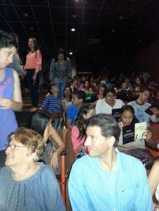 Los estudiantes de la Universidad Católica Andrés Bello (UCAB) abarrotaron el teatro