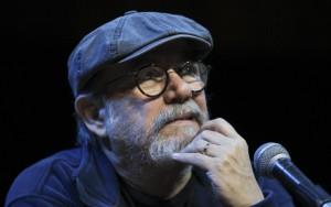 Al cantautor cubano Silvio Rodríguez le enseñaron toda la vida a resistir a los Americanos