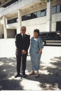 El Senador Barry Goldwater y Uva de Aragón, Florida International University, circa 1987