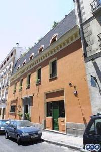Calle de los Caños del Peral No. 3, Madrid, donde nació mi madre