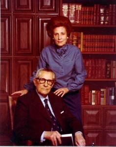 Mi madre Uva Hernández-Catá  y mi segundo padre, Carlos Marquez Sterling, New York, circa 1978