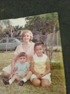 Marta as a young mother with her children Ana Lourdes and Andrés